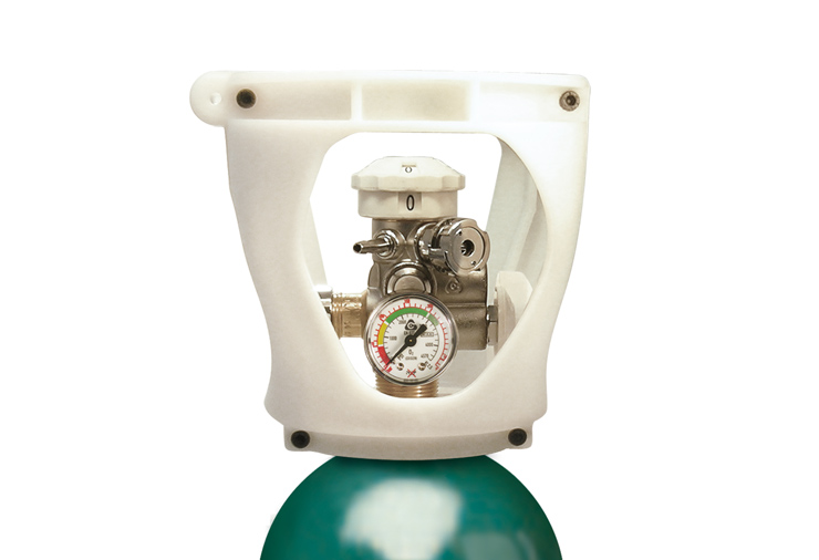 Cavagna-Group-Advanced-Solutions-for-Gas-Control-Valve-with-Integrated-Pressure-Regulator-for-Medical-Oxygen